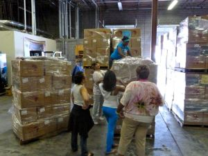 BFA Volunteers Pack for Project Amandla